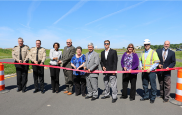 Photo of officials at Riverside Parkway ribbon cutting